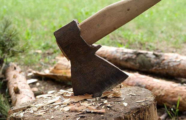 chopping-wood-620x400