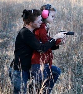 kid-girl-guns