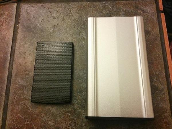 10Laptop-Desktop-Enclosures