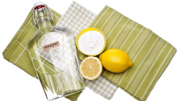 Vinegar and lemon bleach