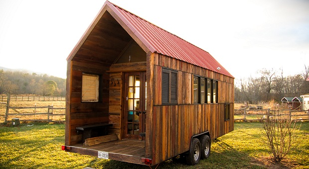 & On-Wheels Is The New Off-Grid \u2013 A Guide To Tiny Houses | Survivopedia