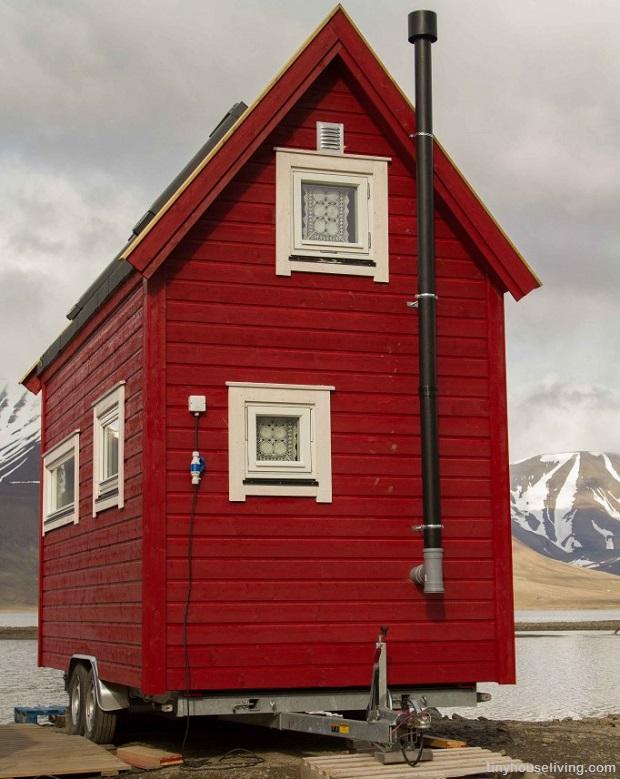 Tiny House in Longyearbyen, Svalbard, Norway