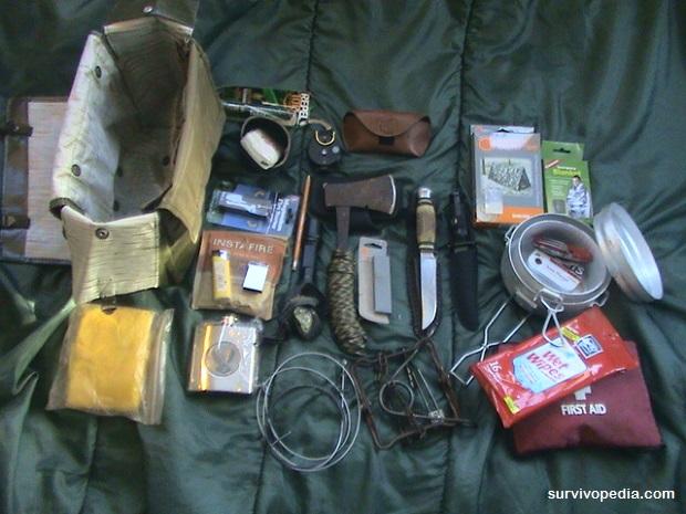 How To Build Your DIY Basic Bushcraft Kit | Survivopedia