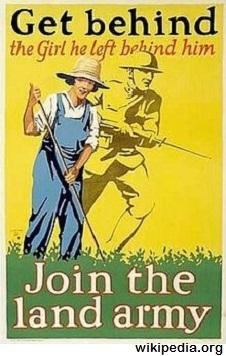 Women's-Land-Army-1917