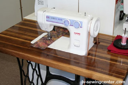 Janome-712T-Sewing-Machine-Table-3-sm